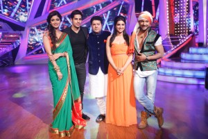 Shilpa-Shetty Kundra, Siddharth, Sajid Khan Parineeti and Terence pose for the shutter bugs on Nach Baliye-6